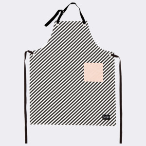 FERM LIVING fartuch kuchenny BLACK STRIP