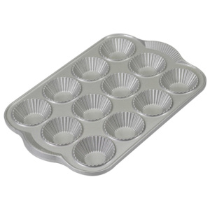 Nordic Ware Forma do 12 tartaletek French Tartlette Bundt® srebrna